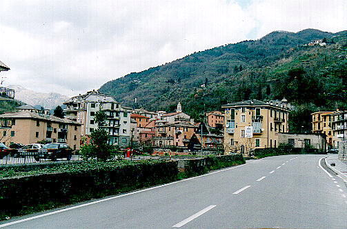 view of the mountain from Borzonasca